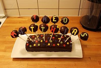 Schokoladenkuchen mit Cakepops